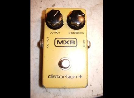 MXR M104 Distortion+ Block Logo Vintage