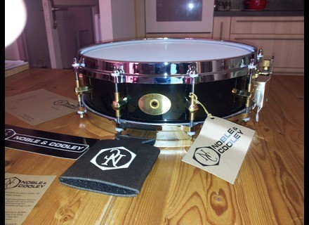 Noble & Cooley Piccolo SS Classic Maple 3 7/8 x 14