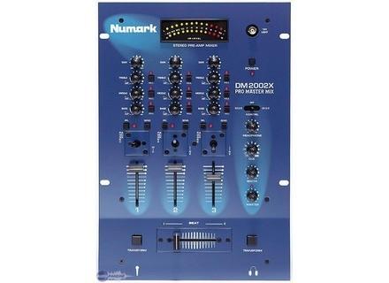 Numark DM2002X