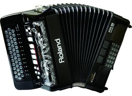 Roland FR-18D