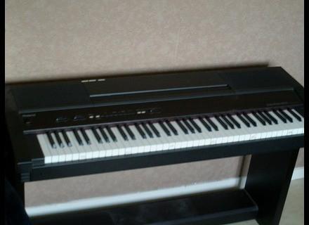 Roland HP2000