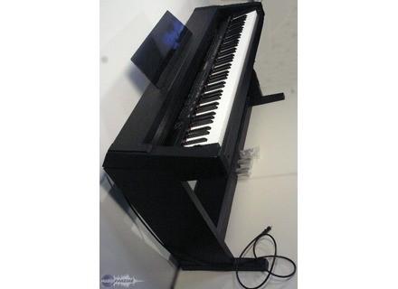 Roland KR-3000