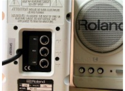 Roland MA-12C