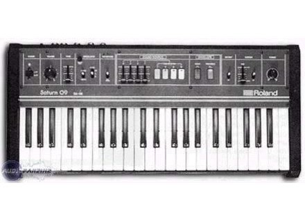 Roland Saturn 09