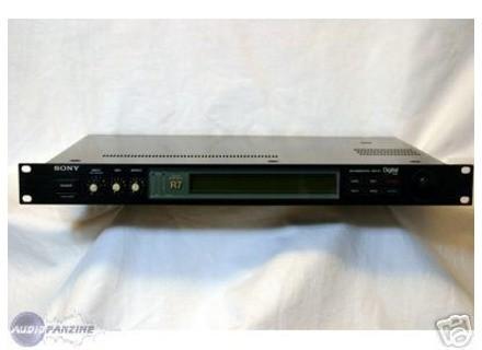 Sony DPS-R7