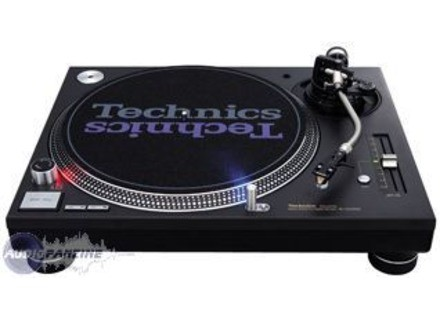 Technics SL-1200 MK6