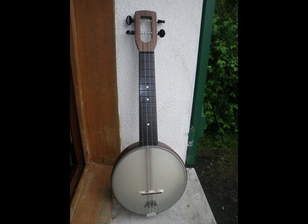 The Magic Fluke Company Firefly Banjo Ukulele