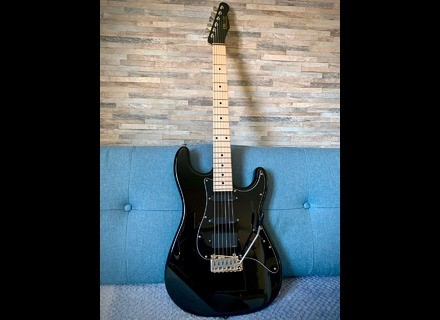 "USA Custom Guitars Super Strat ""BLACKIE"" Custom Shop"