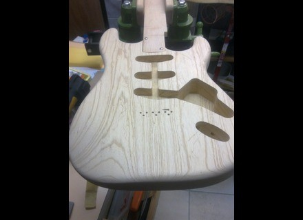 Warmoth Stratocaster