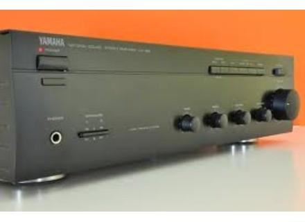 Yamaha AX-390