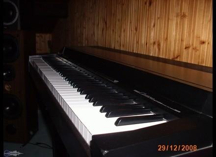Yamaha Clavinova CLP-200