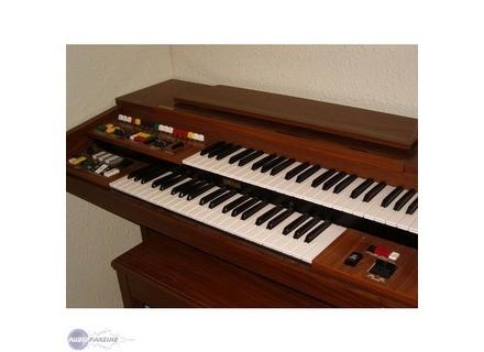 Yamaha Electone B405