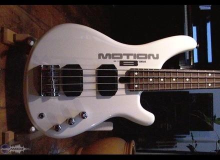 Yamaha Motion Bass MB-III