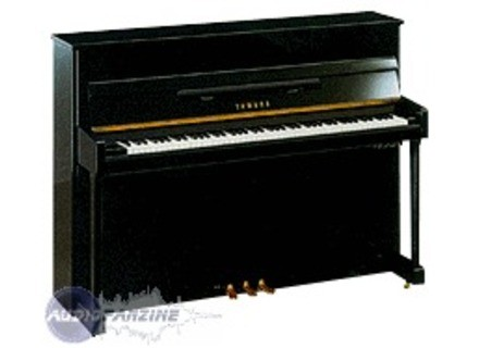 avis de eglan06 yamaha mp80t silent audiofanzine. Black Bedroom Furniture Sets. Home Design Ideas