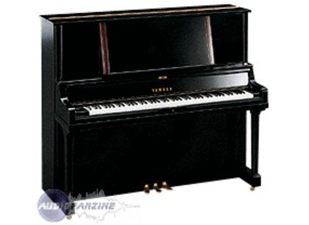 Yamaha U5 Professional