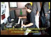 Simon Oslender on HOAX II Hammond organ X5
