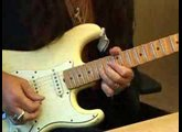 Yngwie Malmsteen shows us how to not be able to play like him