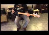 Squier Signature Matt Freeman Precision Bass Black - Normando - Goiânia - GO