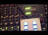 Kult DJ-Mischpult/Mixer Soundcraft D-Mix 1000 mit mAirList und 10fach USB-LED-Cartwall