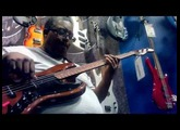 Fender Jazz  Bass (walnut) - maxproud