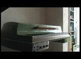 001 Franck Lhermet improvise sur son Fender Rhodes Electric Student Piano Jetsons Model (Fishtail)