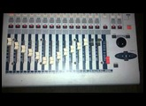 Console / Mesa Digital YAMAHA 01V (Princippius)