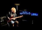 Rob Marcello shreds on the Hughes & Kettner TriAmp Mark 3