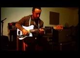 Arnaud Fradin ( Malted Milk & Toni Green ) testing the new Wavybone Bombshell electric guitar