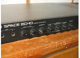 ROLAND RE-3 digital space echo