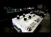 Pedalboard noodle: infinite jets ambient guitar looping