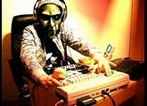 ? LIVE jam with C64, GAMEBOY, LSDj keyboard and POD XT LIVE [LukHash]