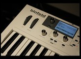 Waldorf Blofeld demo / microtracks