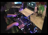 Denon S3700 with serato at International DJ EXPO 2009 (DJ A-Smooth)