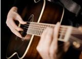 Comment jouer de la guitare acoustique sans faire de bruit?