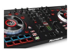Test du contrôleur DJ Numark Mixtrack Platinum