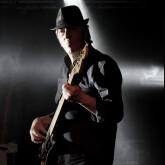 Bassiste amateur cherche groupe, Pop, Rock, Blues