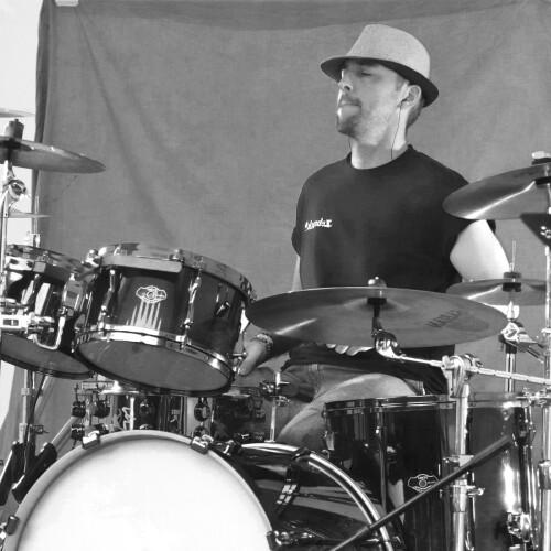 Batteur / Sud Manche,  cherche musiciens