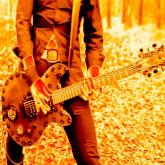 Guitar / Bass pour groupe ou chanteuse electrorock new wave metal indus