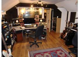 INGE-SON pour studio enregistrement en developpement PARIS Batignolles + un stagiaire Studio