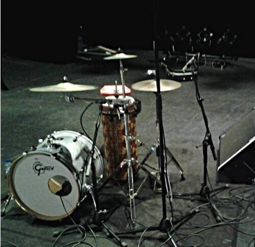Batteur-percussionniste cherche groupe