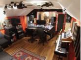 Recherche PARTENAIRE-INGE-SON pour studio d'enregistrement en développement PARIS Batignolles + stagiaire Studio