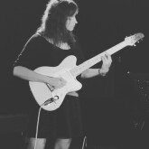 Musicienne recherche musiciennes