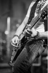 Guitariste recherche Groupe [28]