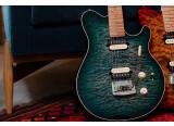 Deux nouveaux coloris pour l'Axis chez Music Man