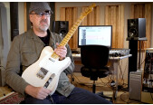 Greg Koch a collaboré avec Fishman sur un set de micros signature