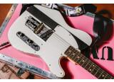 Joe Strummer Esquire : Fender rend hommage aux Clash