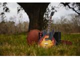 "Un hommage au bluesman du Bayou James ""Slim Harpo"" Moore chez Gibson"