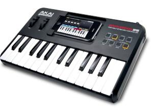 Akai Professional SynthStation25