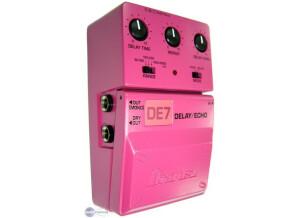 Ibanez DE7C Delay/Echo Pink