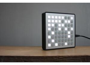 Monome Hardware grayscale 64